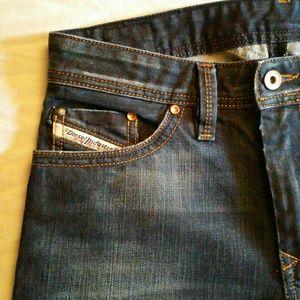 """Diesel """"Thanaz"""" Jeans W28 L30"""